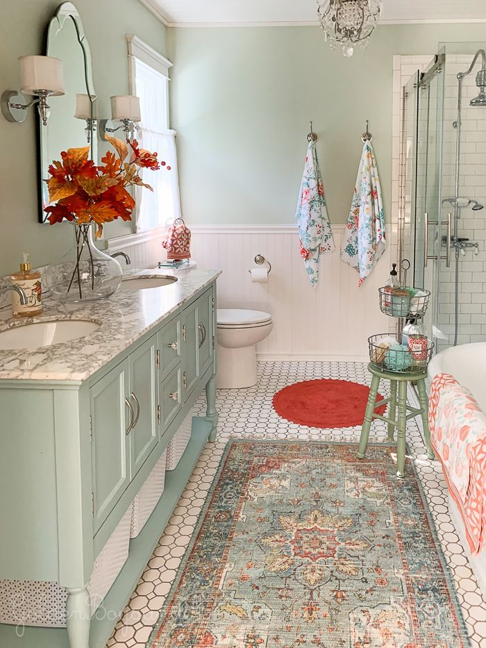 Fall Decor In Our Master Bedroom And Bathroom Pretty Bathrooms Dream Bathrooms Bathroom Decor