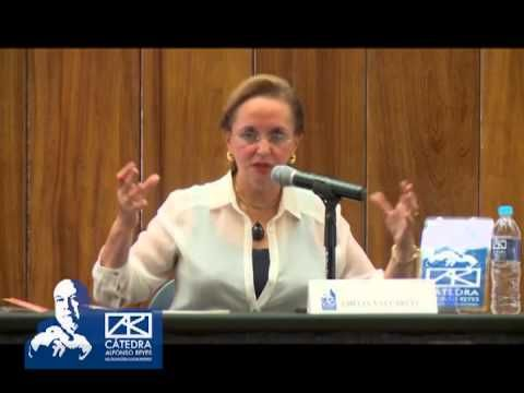 AMELIA VALCÁRCEL - Feminismo y ciudadanía: fundamentos filosóficos - Conferencia magistral en la que Amelia Valcárcel realiza un revisión sobre la historia del feminismo, su definición, su relación con la democracia y por qué ...