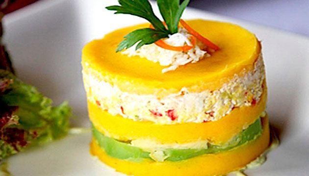 Causa Rellena Plato Típico Peruano Desserts Peruvian Recipes Food