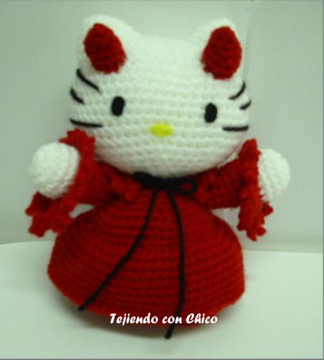 Hello Kitty disfrazada de Diablo - Patrón Gratis en Español e Inglés aquí: http://tejiendoconchico.blogspot.com.es/2014/09/hello-kitty-12.html