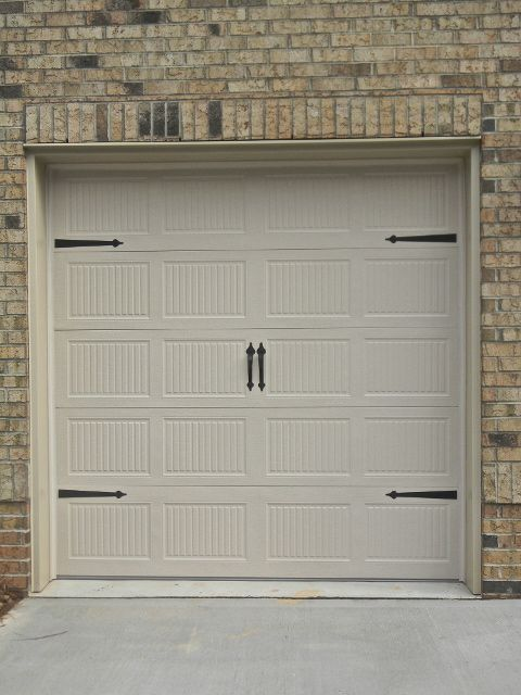 Overhead door carriage style single 839 garage door with for Carriage type garage doors