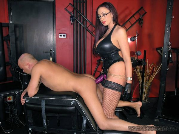 bdsm analhaken video strap on