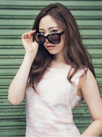 Bnt International --proud of her.. #youngji #heoyoungji