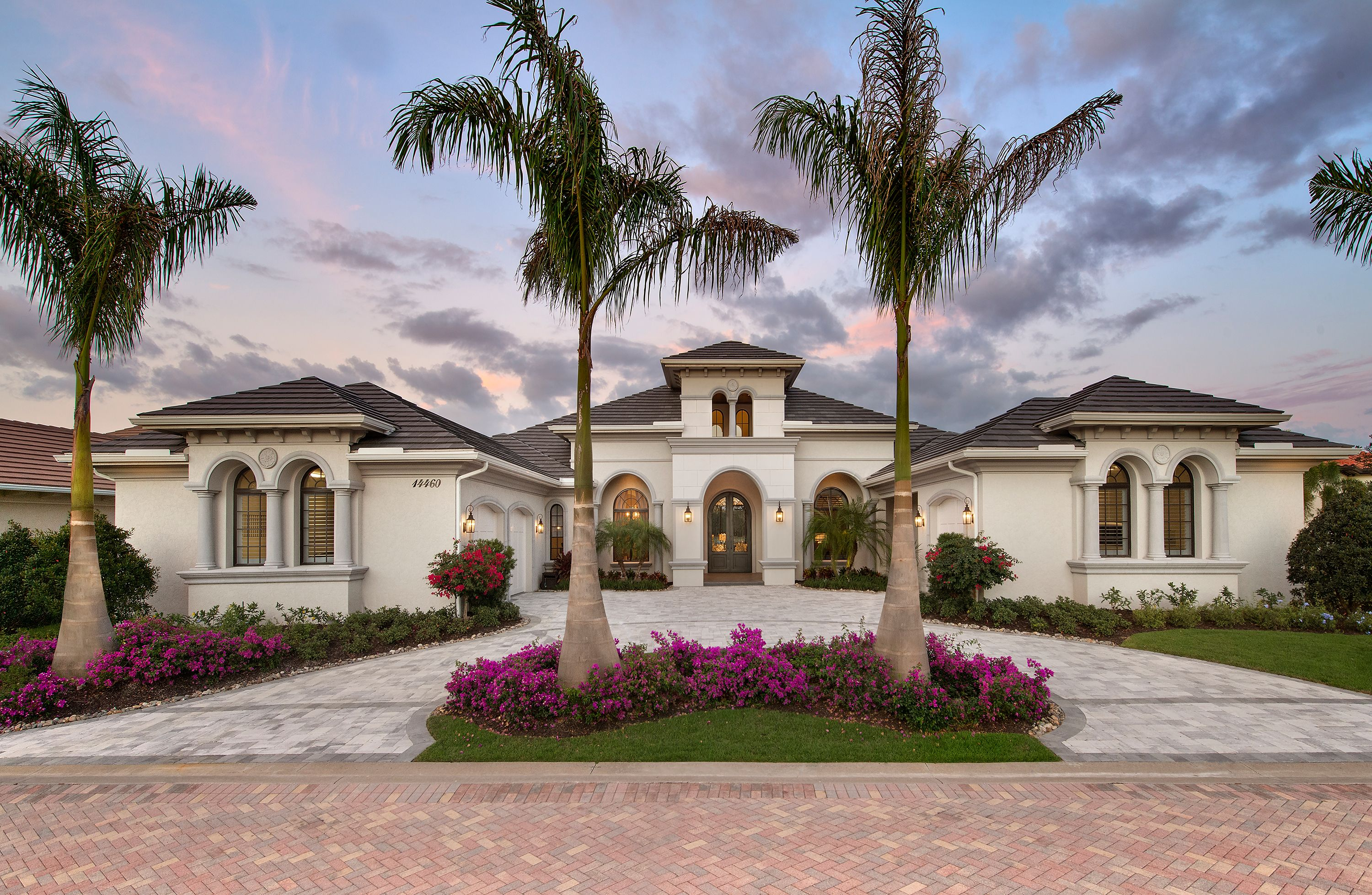 Mediterranean Lakefront Home Design 1 Story Contemporary With Pool Mediterranean Style House Plans Mediterranean House Plans Mediterranean Style Homes