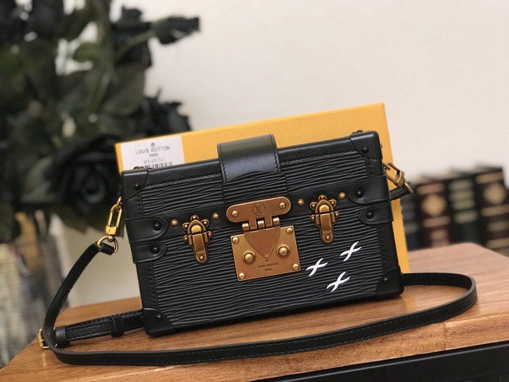 e2dc6c15200e Louis Vuitton Petite Malle Bag M54650 Black Epi leather
