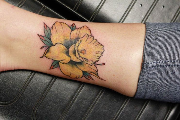 Some Amazing Daffodil Tattoos Designs And Ideas You Must Know About -   - #1998tattoo #Amazing #candletattoo #daffodil #daffodiltattoo #designs #ideas #Tattoos #tattoostattoo