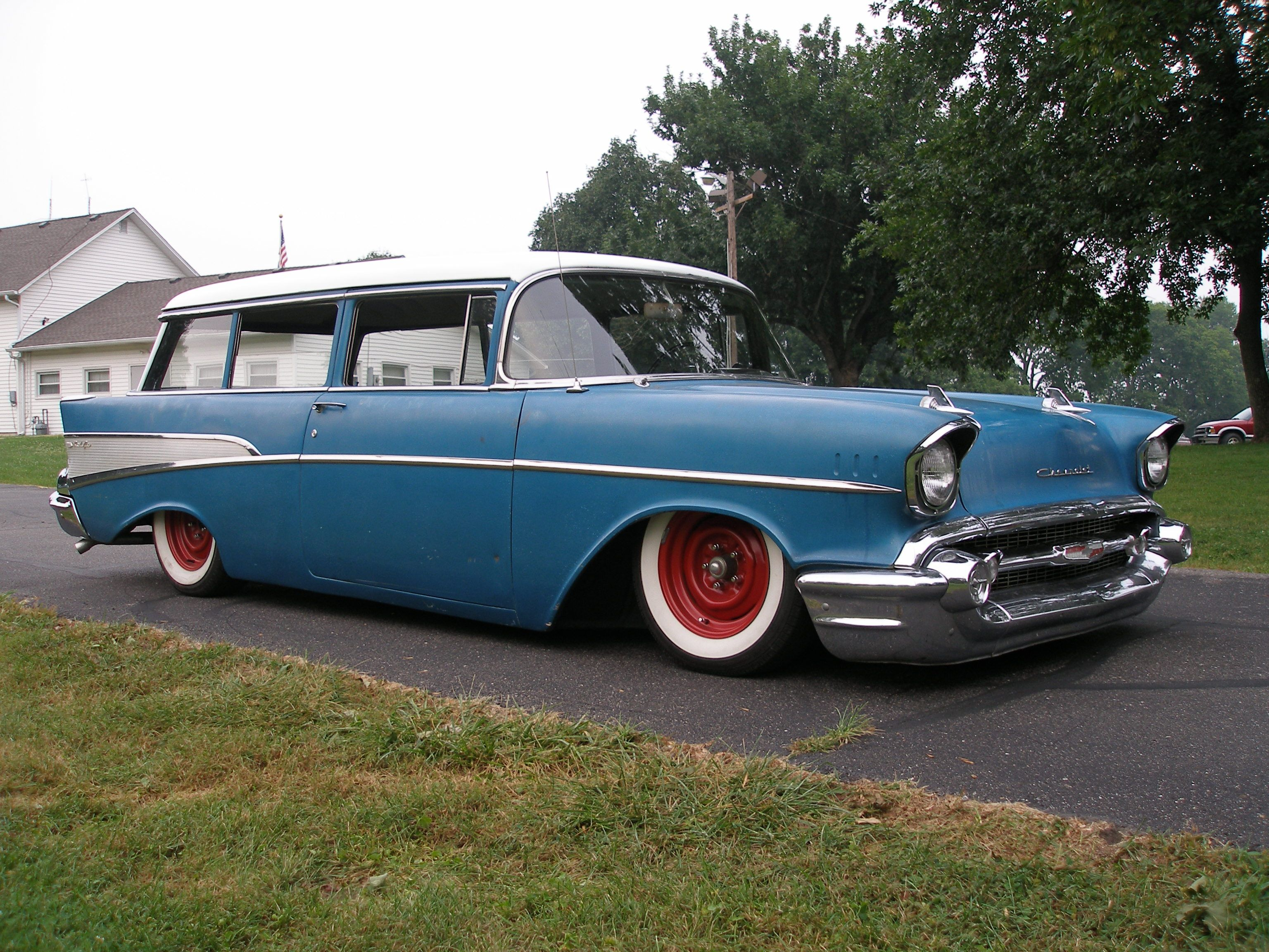1955 chevrolet handyman 2 door wagon street rod - Dropped 57 Wagon