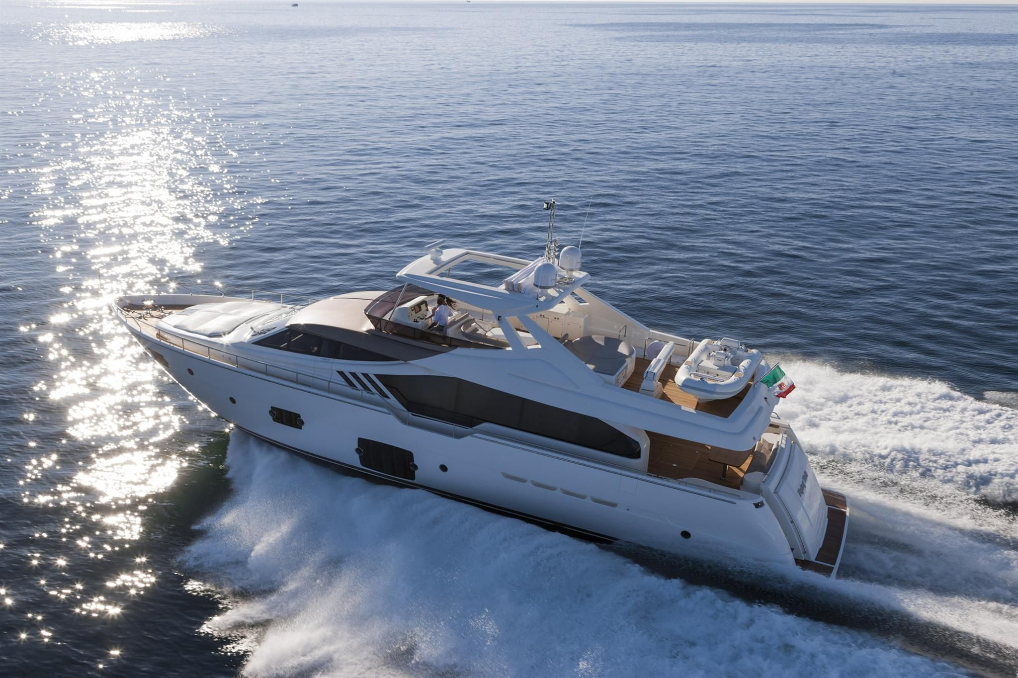 external view ferretti yachts ferretti 870 yacht luxury ferretti barcos lanchas iates pinterest