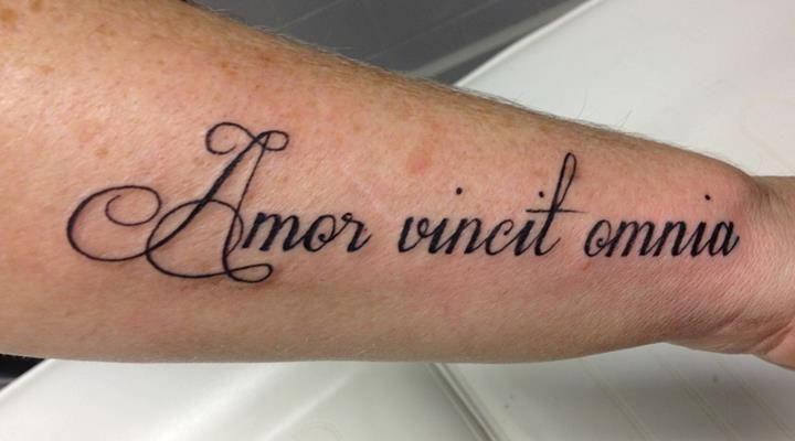 Amor Vincit Omnia Arm Tattoos Tattoos For Women