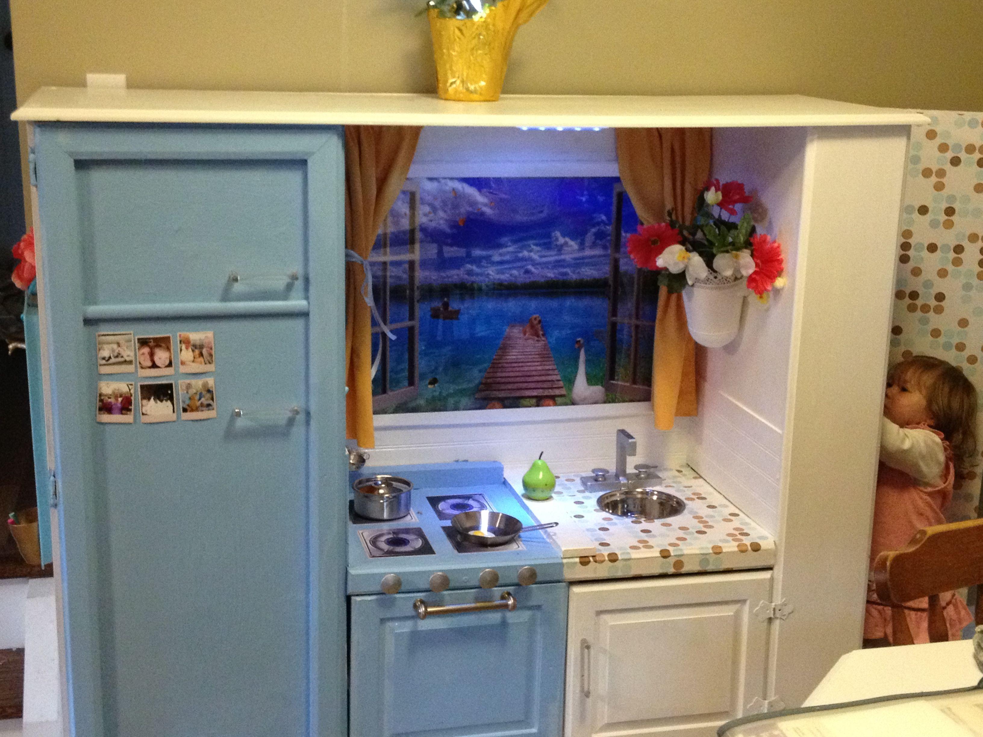 diy kids kitchen from old entertainment unit d nette. Black Bedroom Furniture Sets. Home Design Ideas