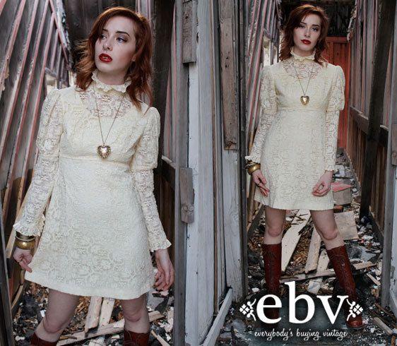 Vintage 70s Cream Lace Victorian Babydoll Mini Wedding Dress Xs S By Shopebv 165 00 Vintagewedding Bridal Hi Lace Mini Dress Fitted Dress Fashion