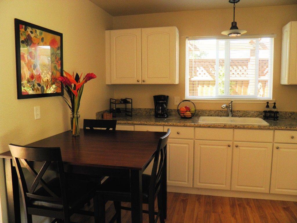 Petaluma Cottage Rental: Petaluma Countryside Retreat - Gateway To Wine Country / Sonoma Coast | HomeAway