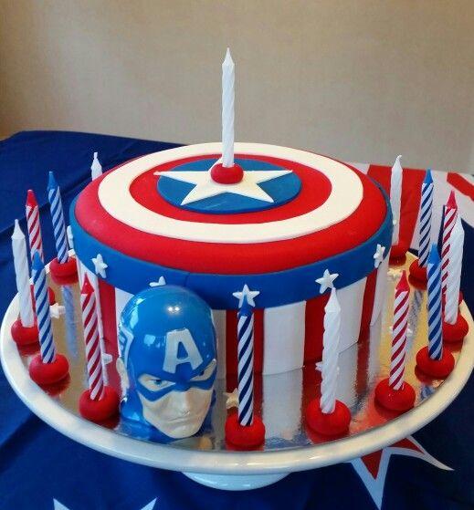 Captain America. Yummy Cake.