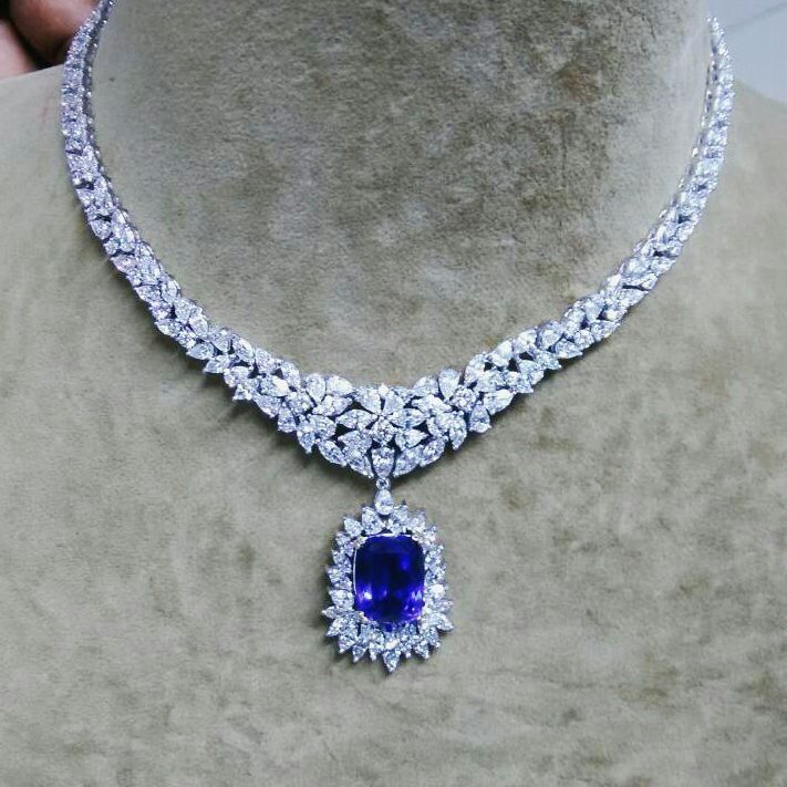 Tanzanite diamond necklace exceptional jewelry pinterest tanzanite diamond necklace mozeypictures Images