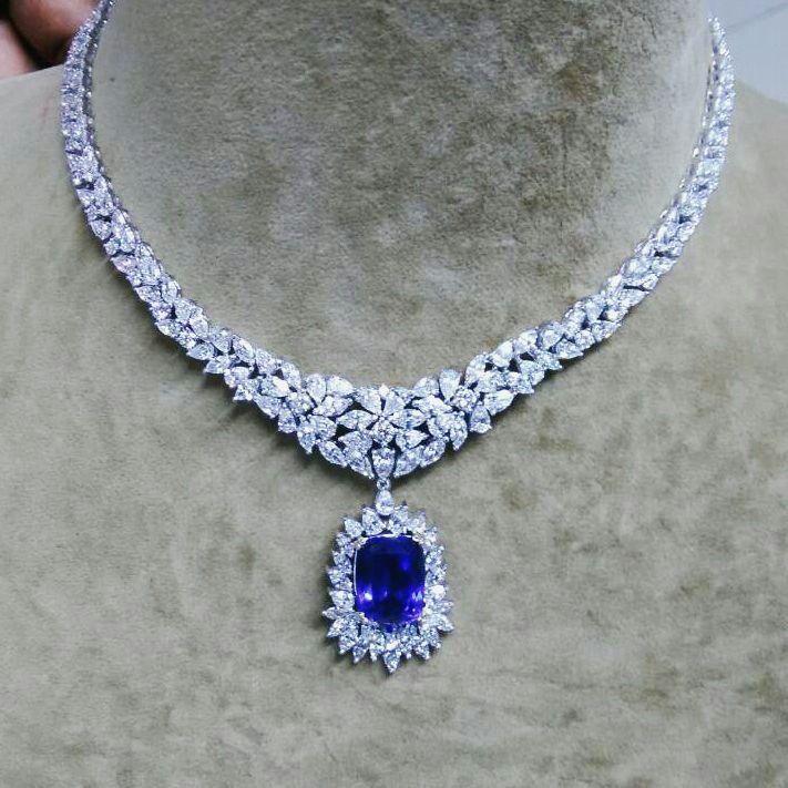 Tanzanite diamond necklace stunning jewelry pinterest rock tanzanite diamond necklace mozeypictures Choice Image