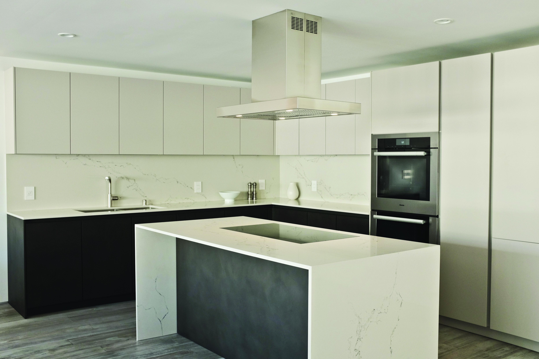 Caesarstone 5111 Statuario Nuvo Kitchenworks Leicht Caesarstone Quartz Countertops White Quartz Countertop