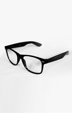 f8783c1d6df These are the hipster glasses that will be worn by Basil. Although ...