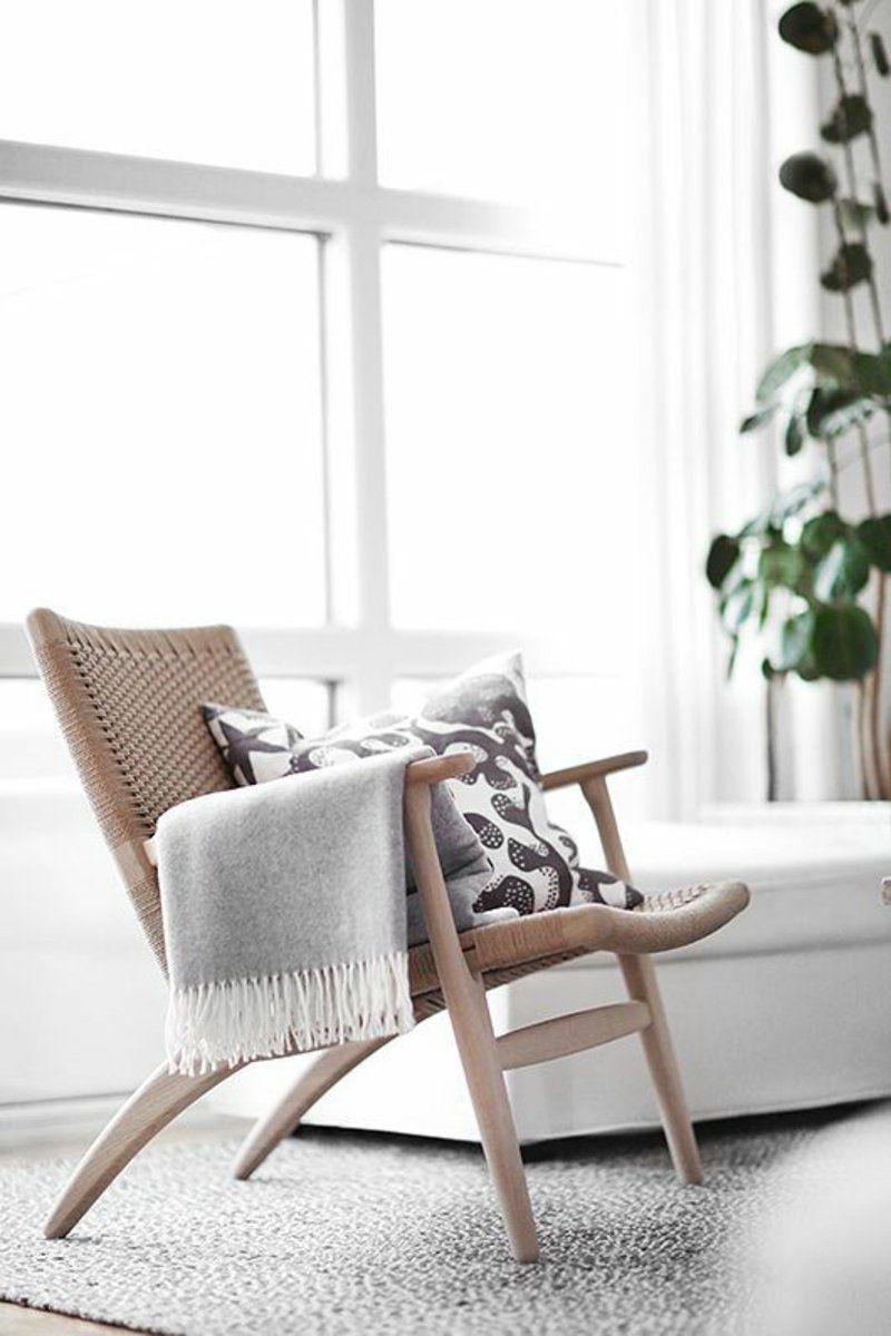 Stuhl Aus Rattan Und Holz   Gemütliche Leseecke