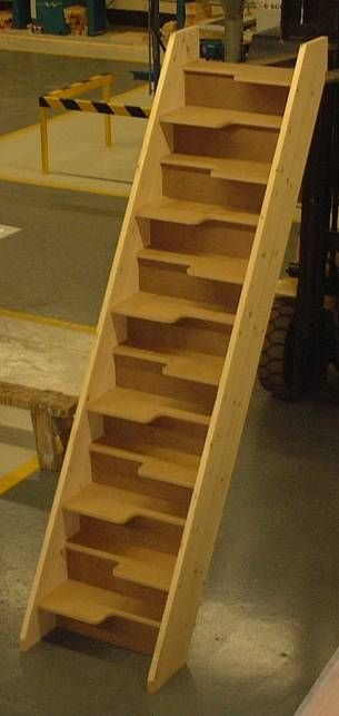 Best Space Saving Stairs 30 Mm Mdf Treads But I Would Leave It Open No Risers Stairs Design 400 x 300