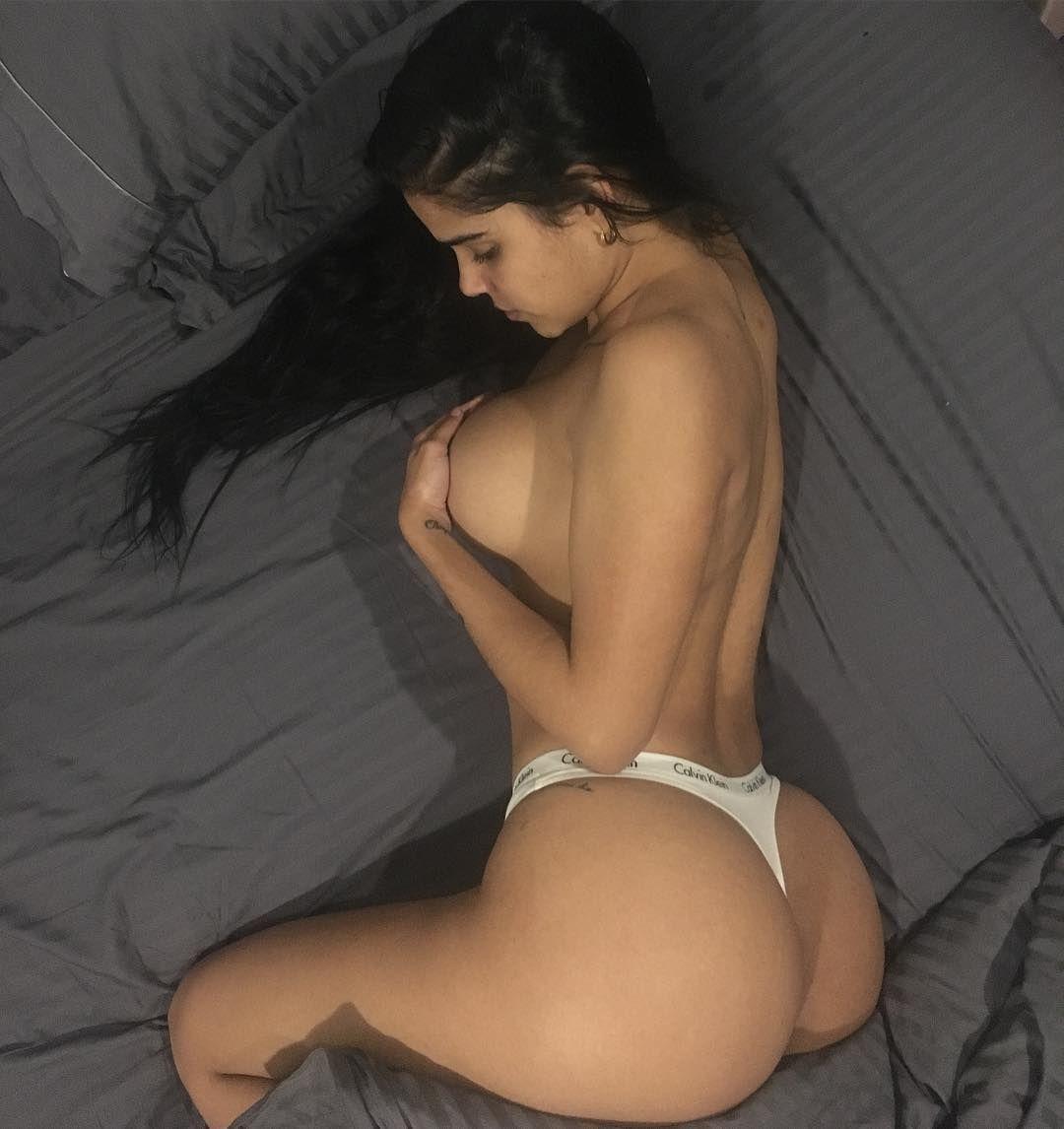 tits heels
