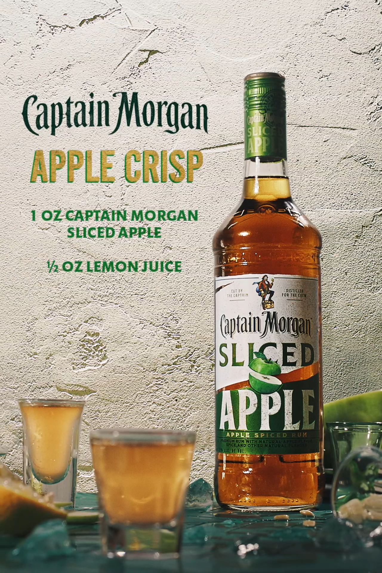 Apple Crisp Shots Mean Small Glasses And Big Flavor In 2020 Alcohol Drink Recipes Mixed Drinks Recipes Mixed Drinks Alcohol
