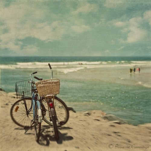 ride a bike and go to the seaside. <3