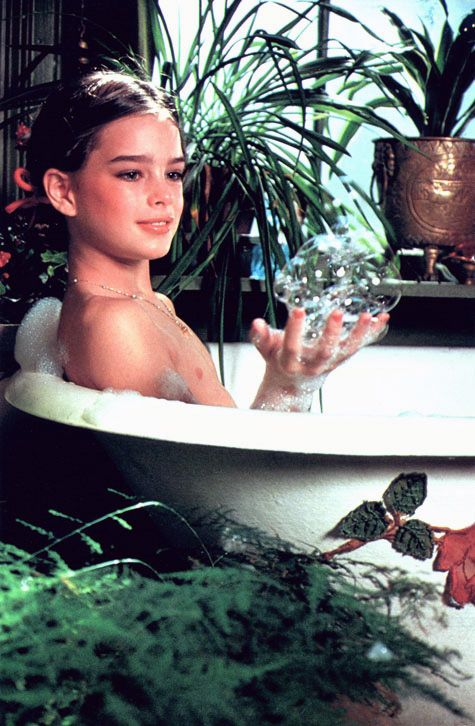 Brooke shields young naked bath controversy