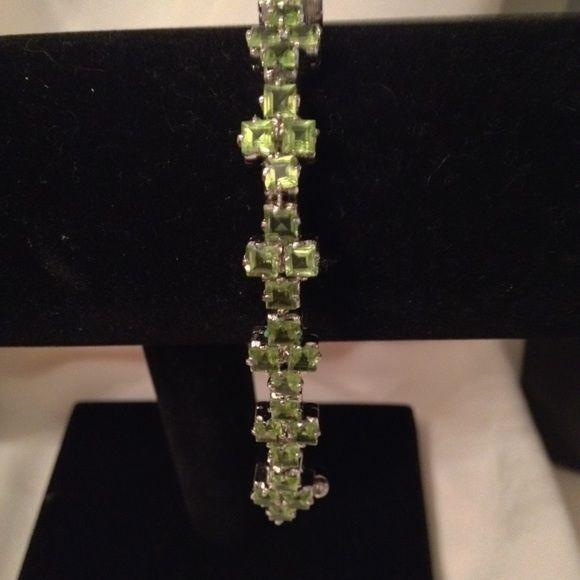 Bracelet Statement Jewelry.  Genuine peridot stones set in sterling silver, with sterling silver lock. Jewelry Bracelets