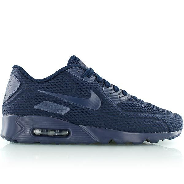 Due to latest technologies a weight decrease has been achieved - therefore  the Air Max 90 Ultra BR is known as the lightest Air Max ever.