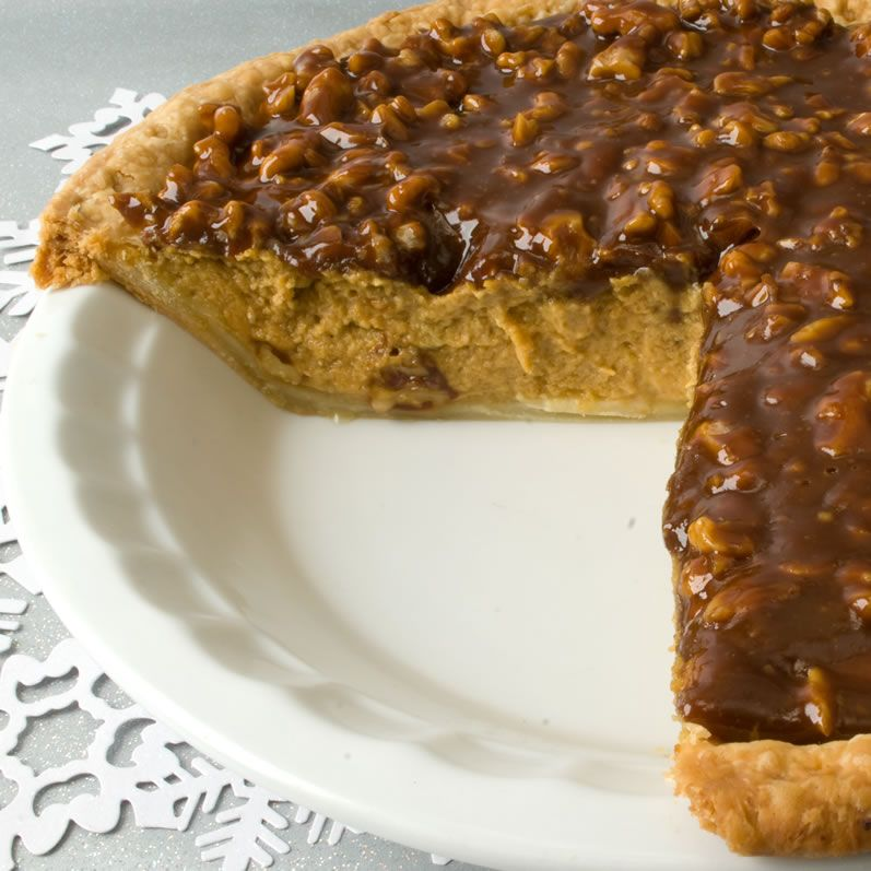 Pumpkin Sour Cream Pie With Caramel Walnut Topping Yummy Sweets Dessert Recipes Pumpkin Recipes