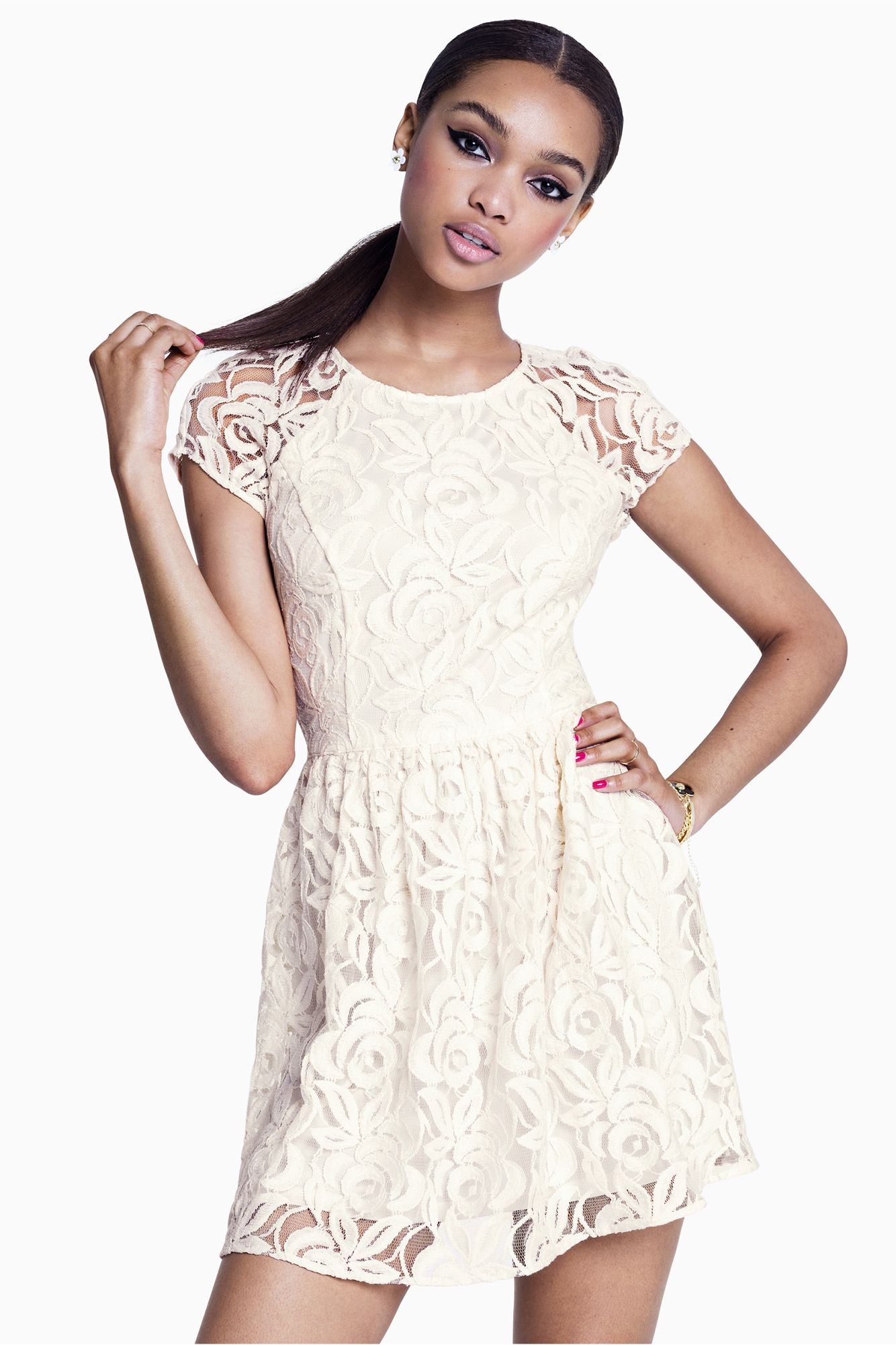 017f12db9 Short white lace dress with flared skirt. #HMDIVIDED | H&M DIVIDED ...