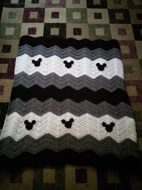 Black gray white Minnie Mickey Mouse crochet afghan baby blanket ...