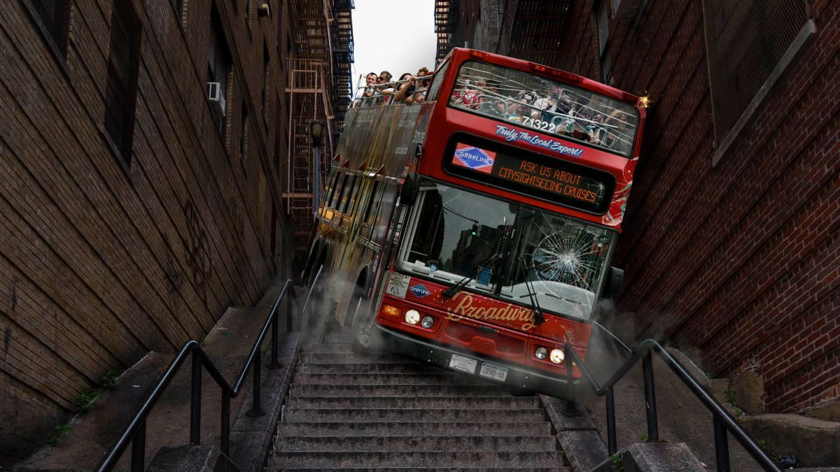 Bus Tour Takes Fans Down Iconic 'Joker' Stairs (With