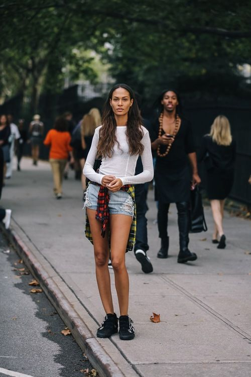 The beautiful Joan Smalls has check style all wrapped up.