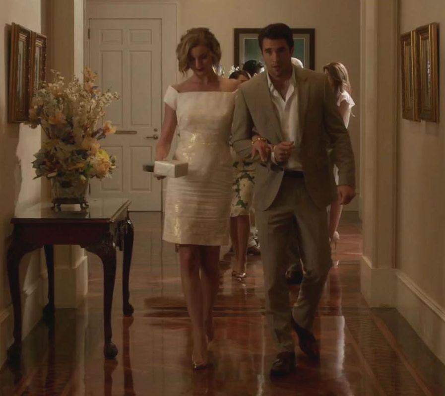 Revenge - Serie TV - look - style - estilo - inspiration - inspiração - elegante - elegant - moda - fashion - dress - white - branco - J.Mendel - vestido - Amanda Clarke - Emily Thorne (Emily VanCamp) - Daniel Grayson (Josh Bowman)