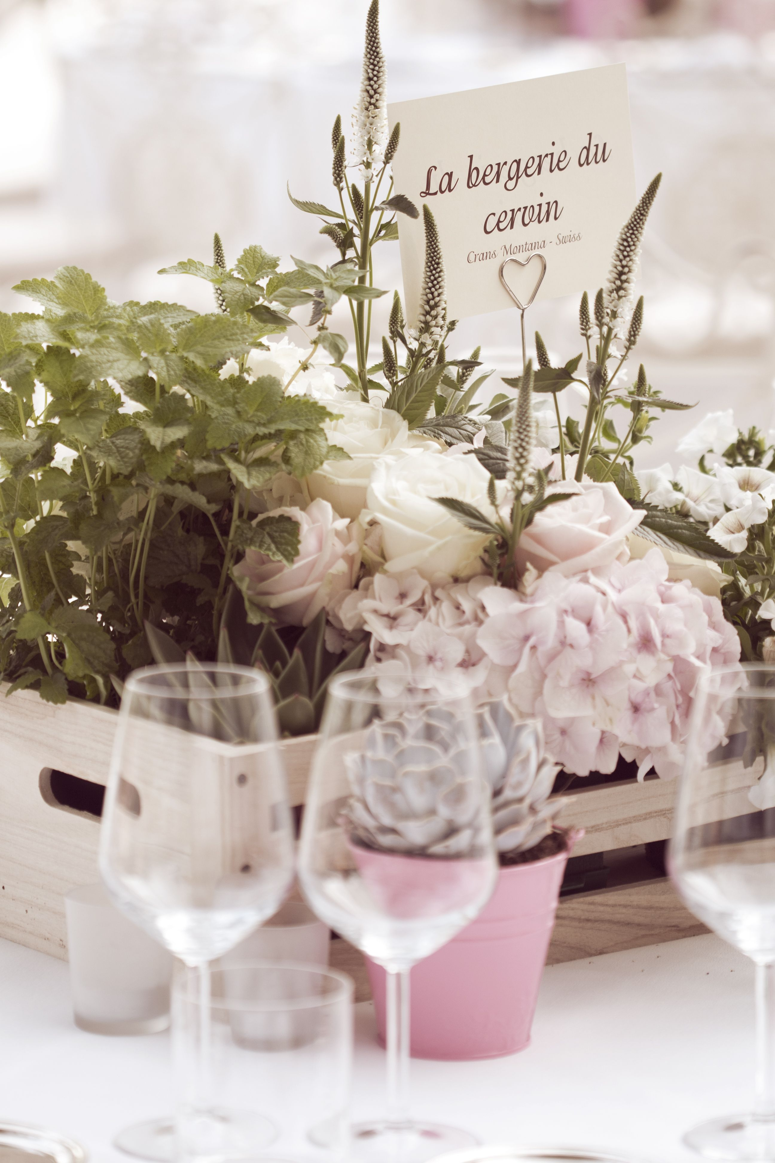 Wedding decorations natural  Dinner wedding centerpiece with wood boxes and natural soft flower
