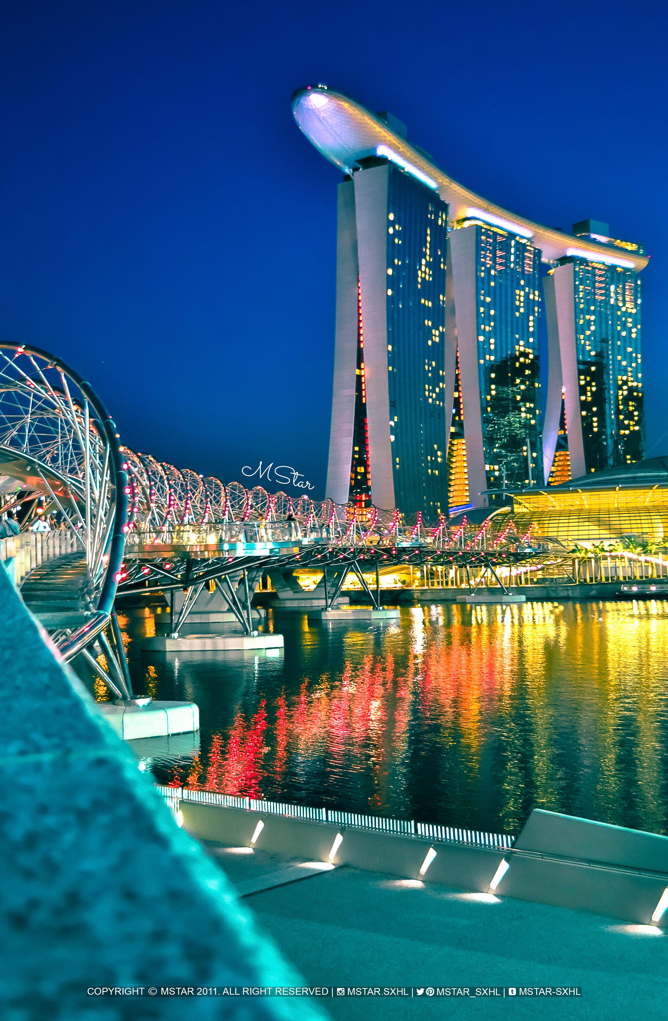 Tower Bridge Helix Glitch : tower, bridge, helix, glitch, Helix, Bridge,, Singapore, Marina, South,, Area,, Sands