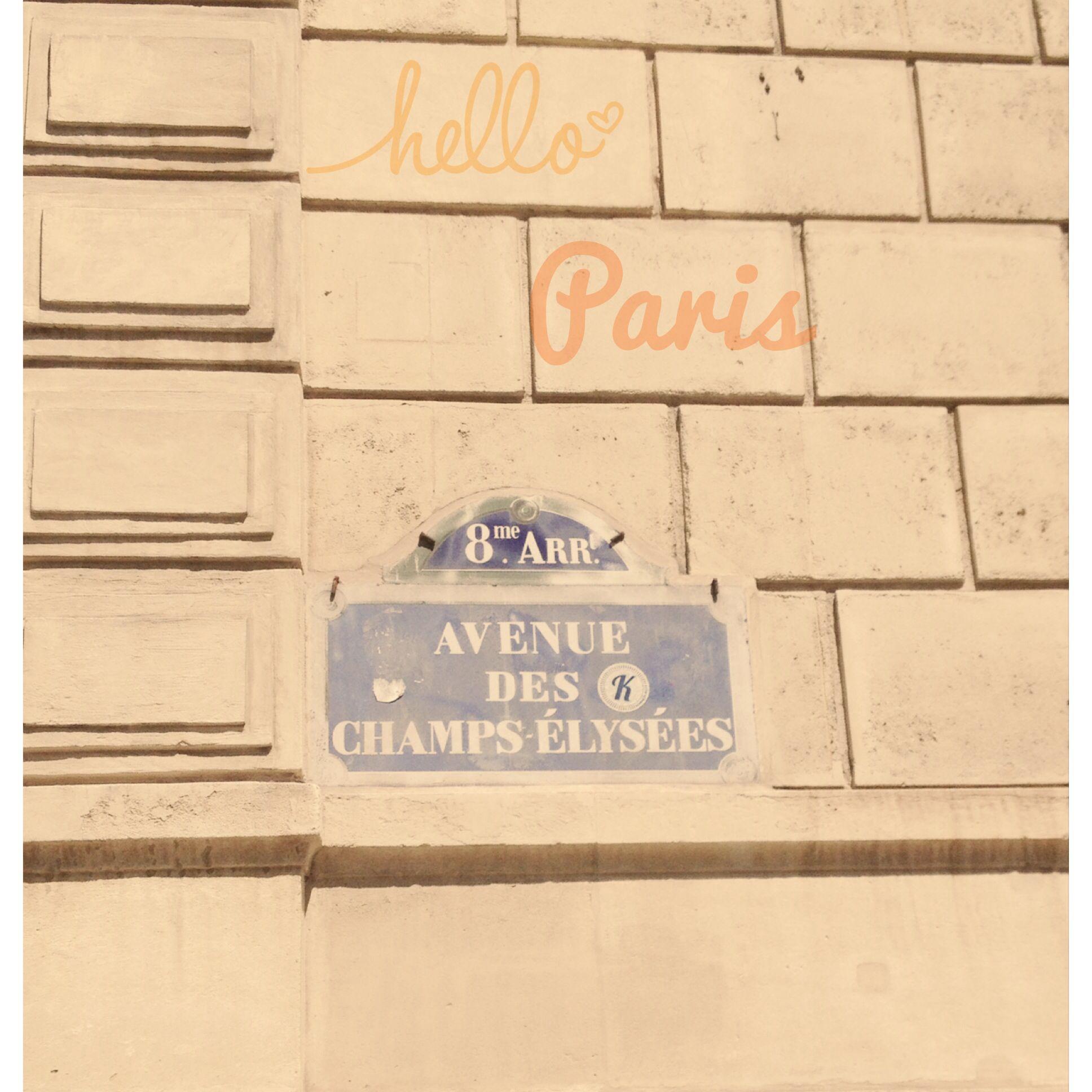 Champs élysées.