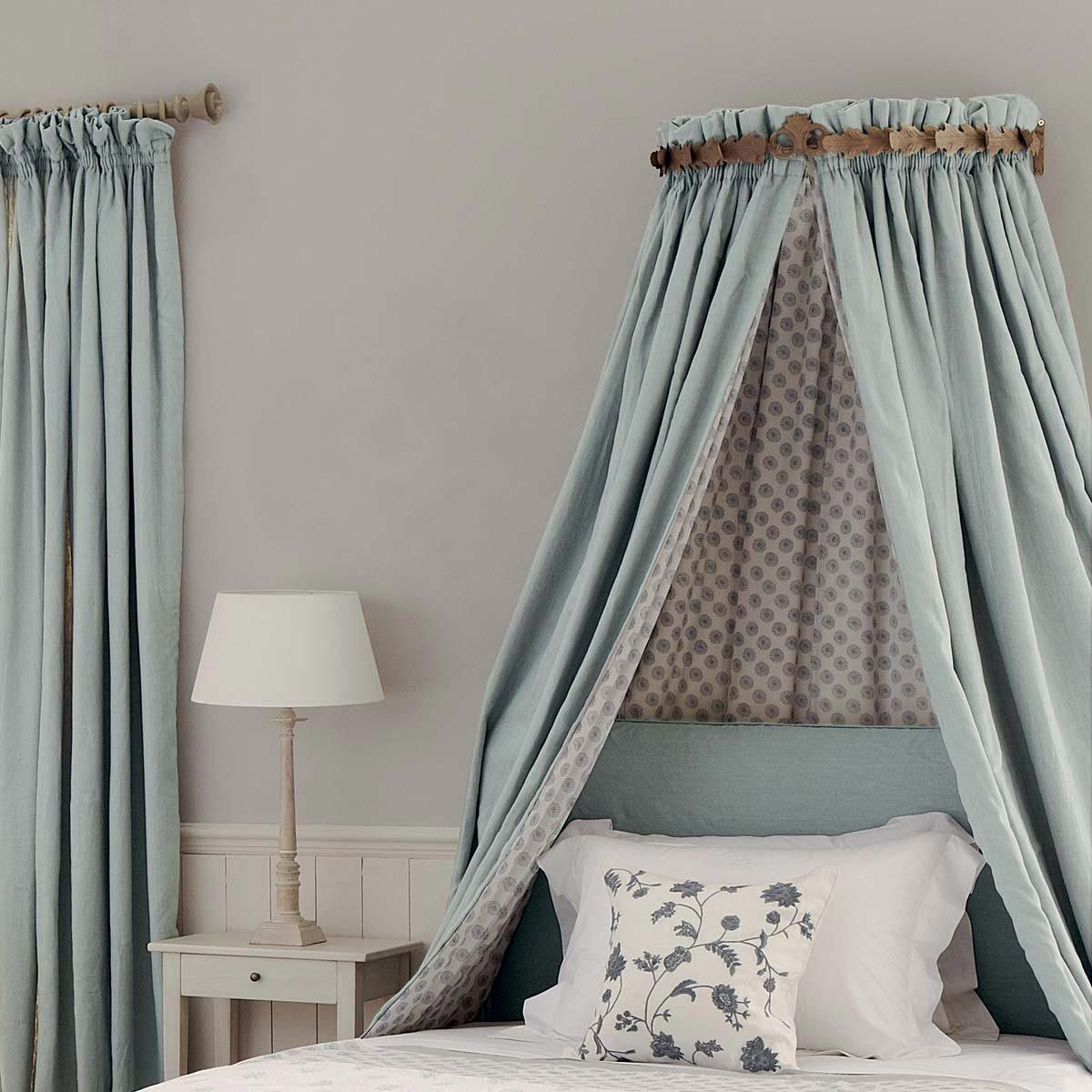 Canopy Bedroom Curtains: Bed Canopy - Laurel Half-Tester