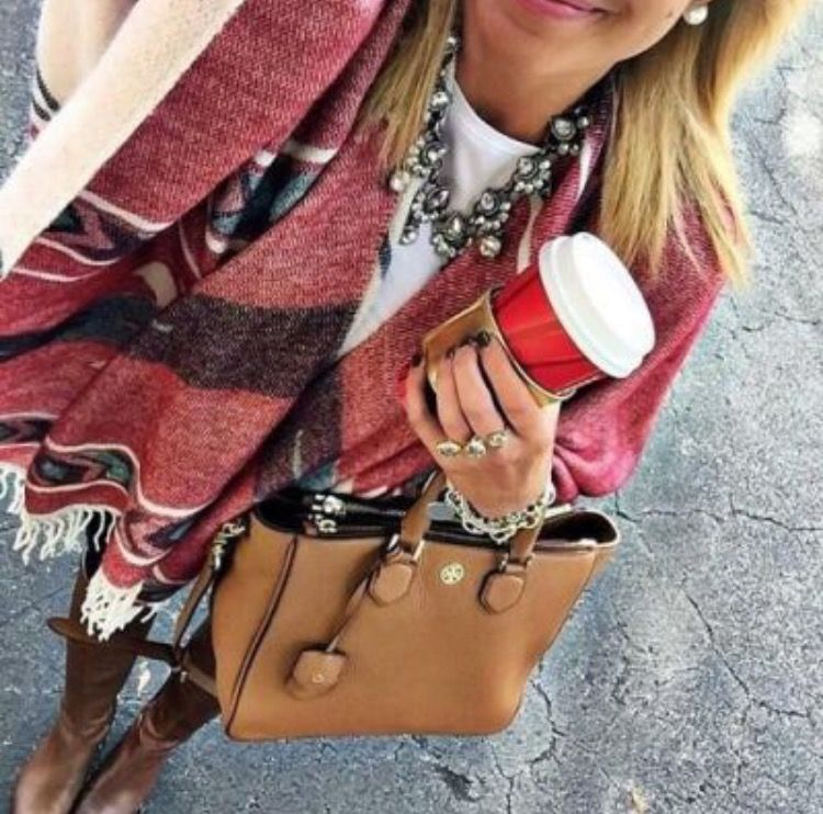 red scarf <3