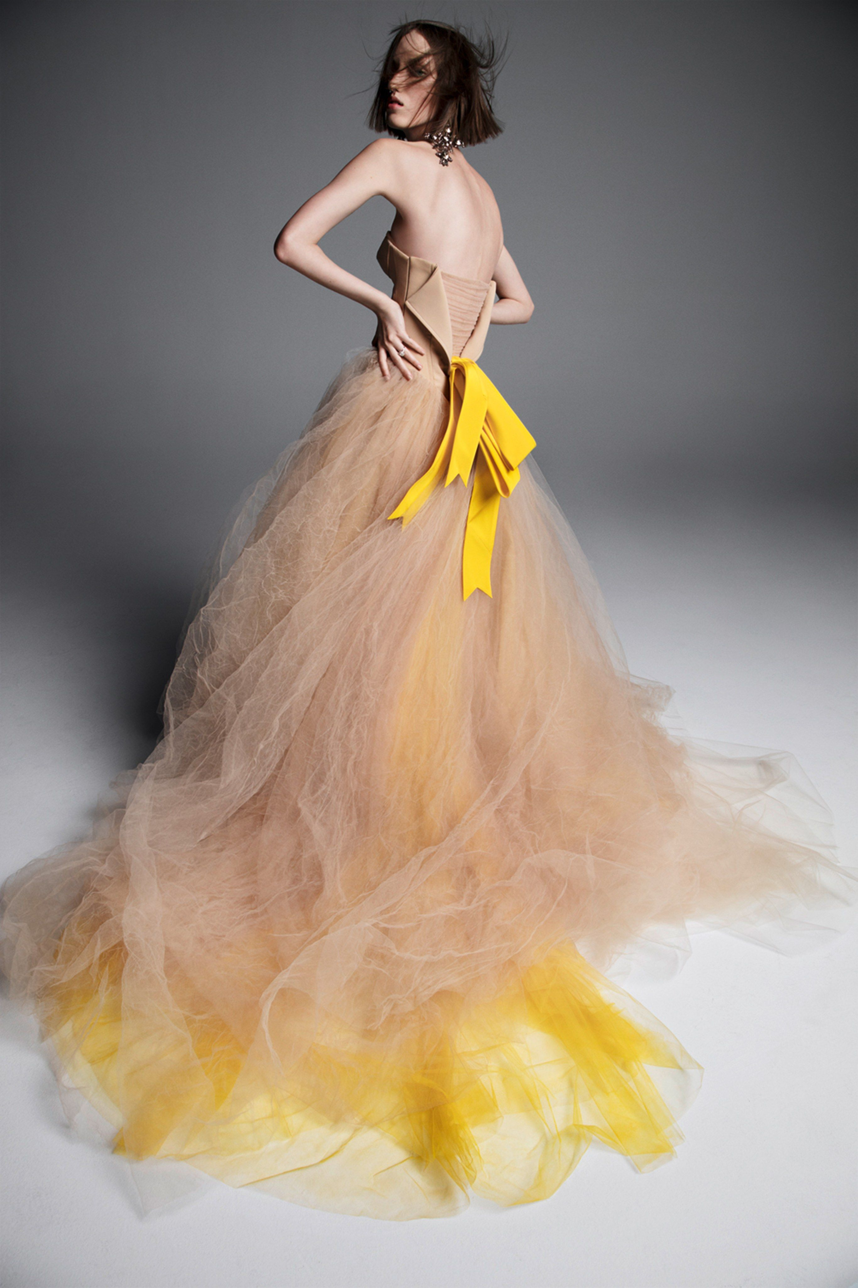 f9863a0f219 Vera Wang Spring 2019 Bridal New York Collection - Vogue