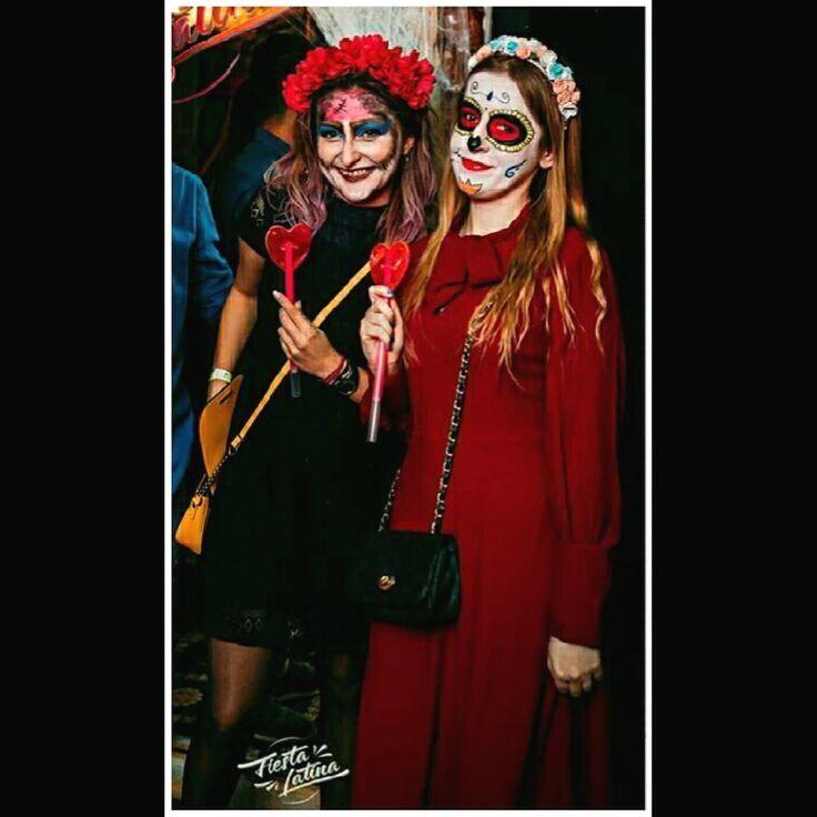 #halloween #halloweenmakeup #makeup #girls #sugarskull #dayofthedead #photography #photooftheday #instapic #instaphoto #catrina