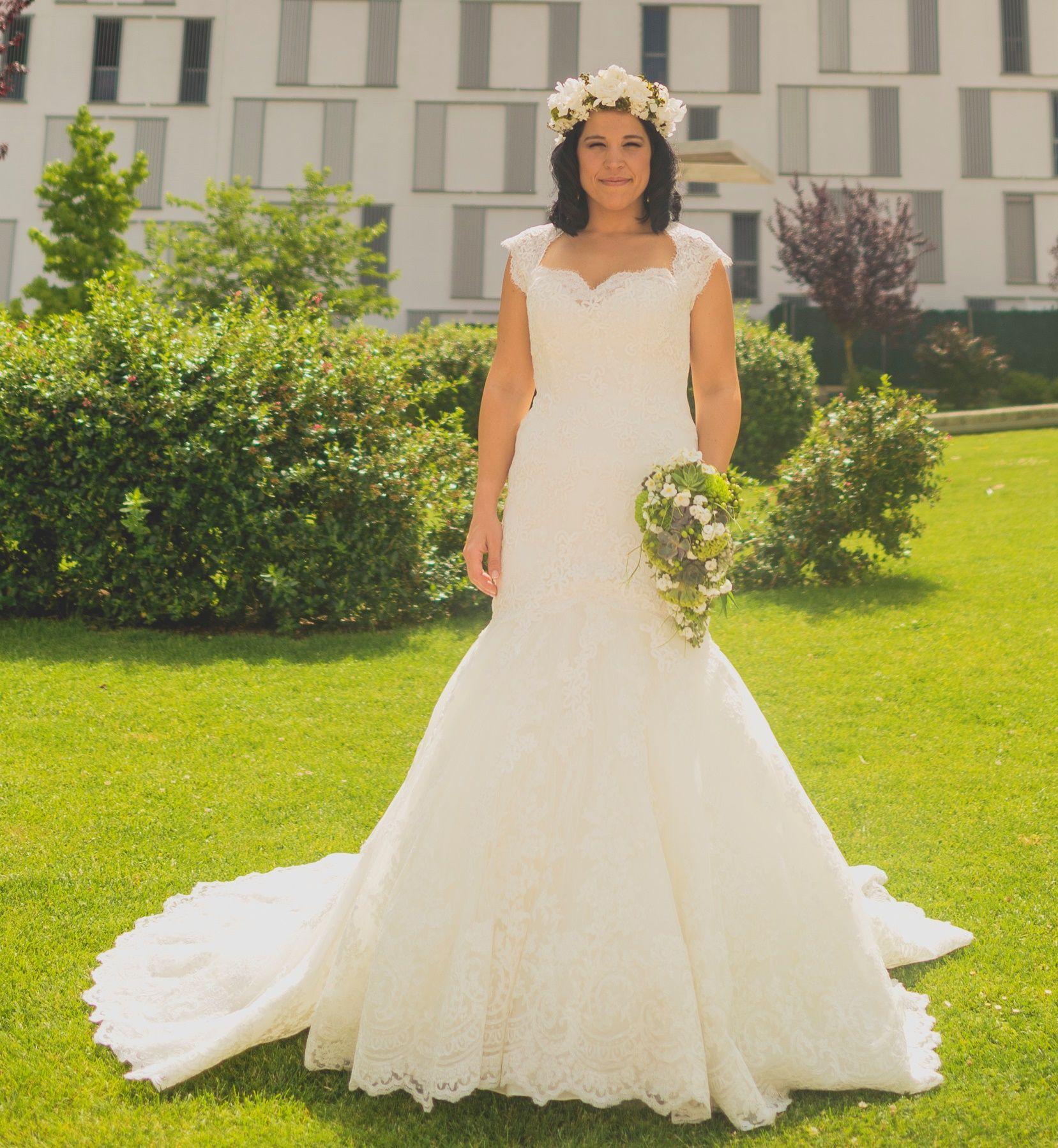 ¡Nuevo vestido publicado!  Letha Pronovias 2014 ¡por sólo 900€! ¡Ahorra un 54%!   http://www.weddalia.com/es/tienda-vender-vestido-novia/letha-pronovias-2014/ #VestidosDeNovia vía www.weddalia.com/es
