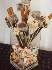 Edible Centerpieces: Centerpieces always bring the table setting ...