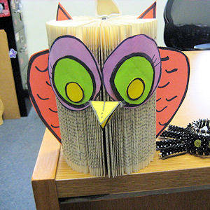 Kids Crafts School Library Decorations Owl Crafts Book Crafts