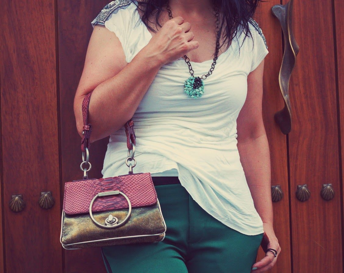 Pants with Side #Stripes @coccinelle1978 purse