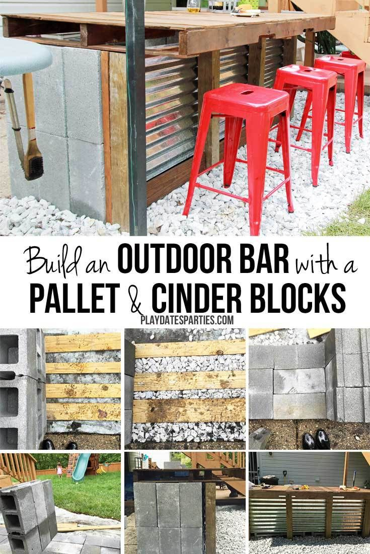 Diy Outdoor Bar With Cinder Blocks And A Pallet Diy Outdoor Bar Cinder Blocks Diy Outdoor Bar
