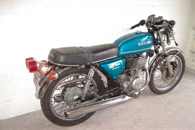 suzuki gt 125 with ace bars as sold in uk motorcycle pinterest. Black Bedroom Furniture Sets. Home Design Ideas