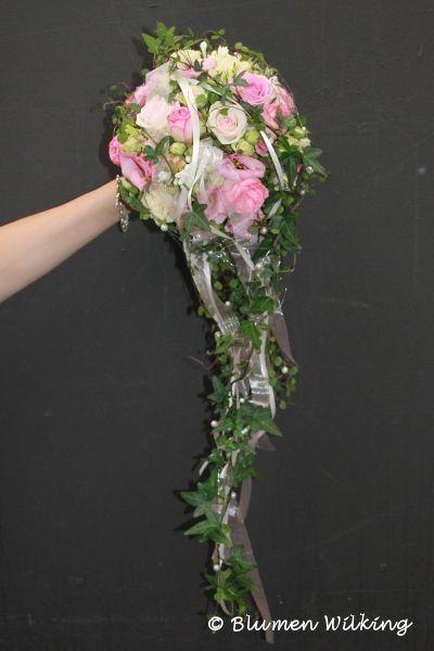 Blumen Wilking brautstrauß in rosa mit und eustoma abfließende form mit efeu