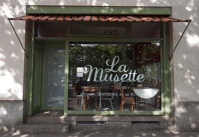 La Musette Nantes Cyclocafé : Restaure le cycliste et sa bicyclette (41 quai Malakoff)
